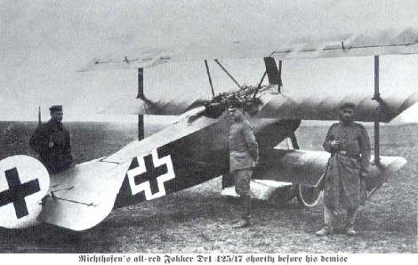 fokker_dr1_on_the_ground